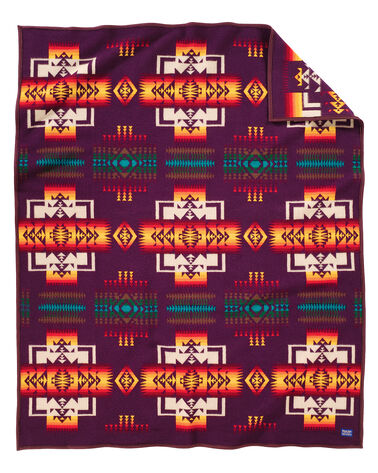 CHIEF JOSEPH BLANKET IN MAROON