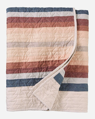 ALTERNATE VIEW OF PINOS CREEK PIECED QUILT IN TAN MULTI