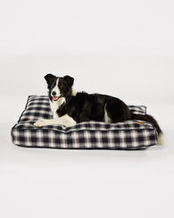LARGE PLAID DOG BED