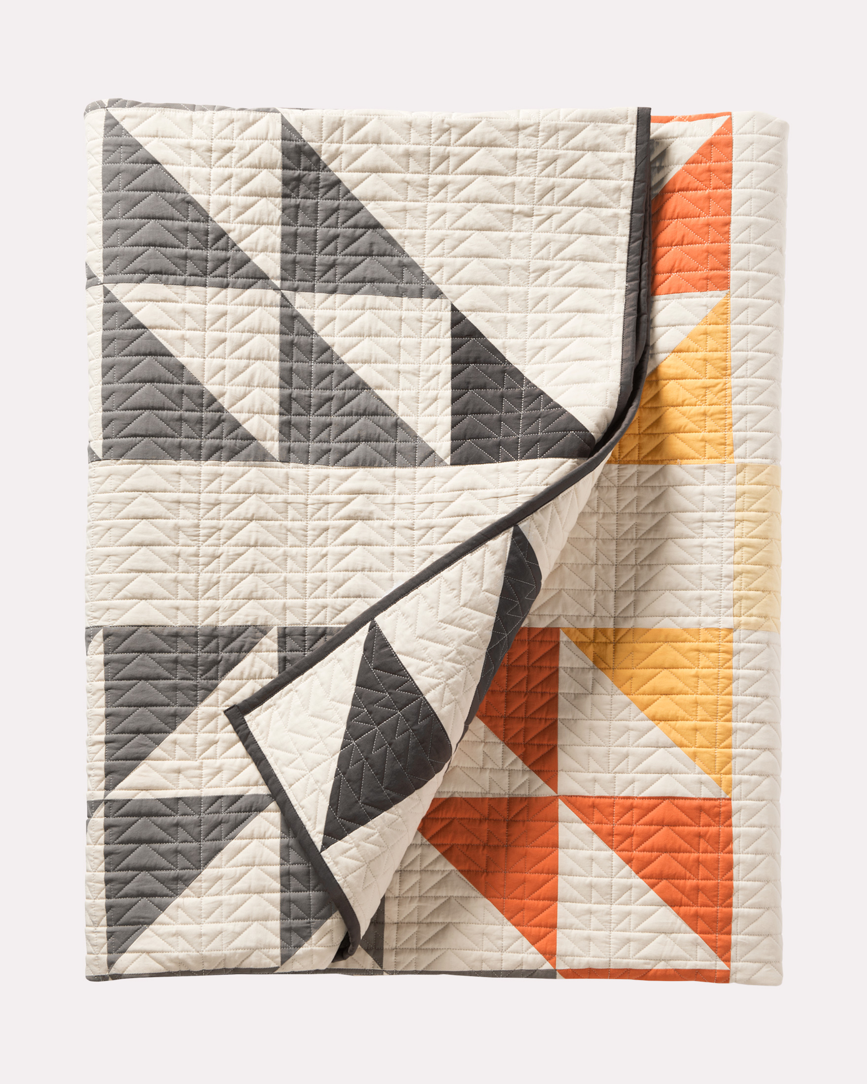 ARROWHEAD PIECED QUILT SET, IVORY, large